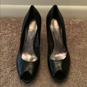 Nine West - black, peep toe, platform pumps